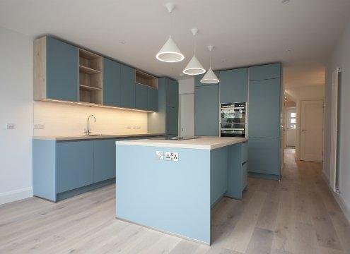 Lovely blue kitchen alt